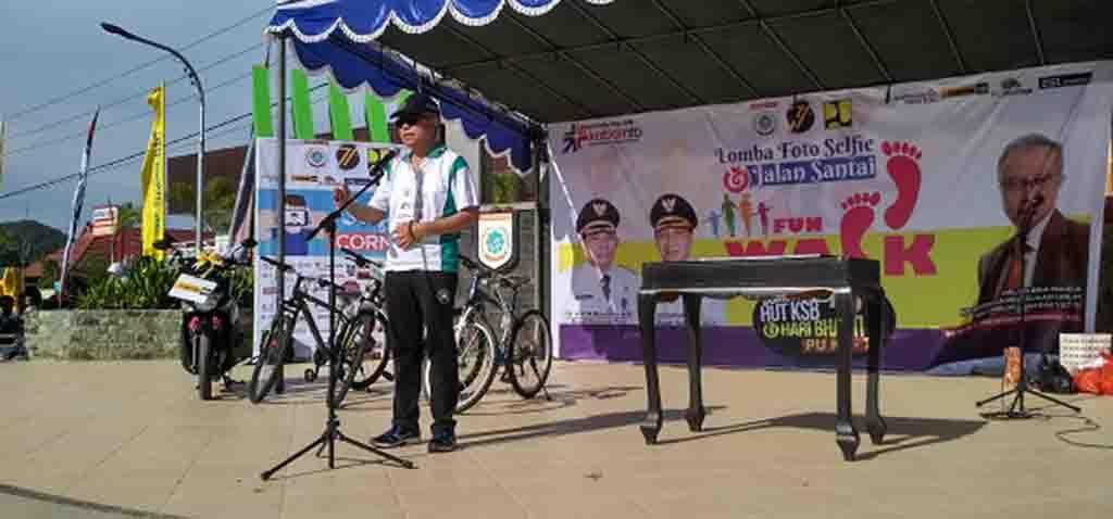 Dirjen Bina Marga Arie Setiadi Moerwanto saat memberikan sambutan