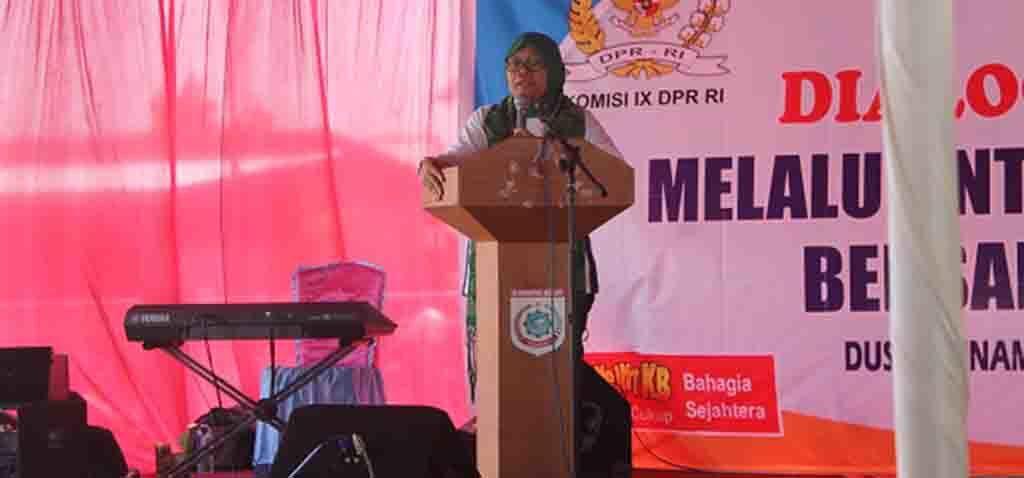 Wakil Ketua Komisi IX DPR RI Hj. Ermalena
