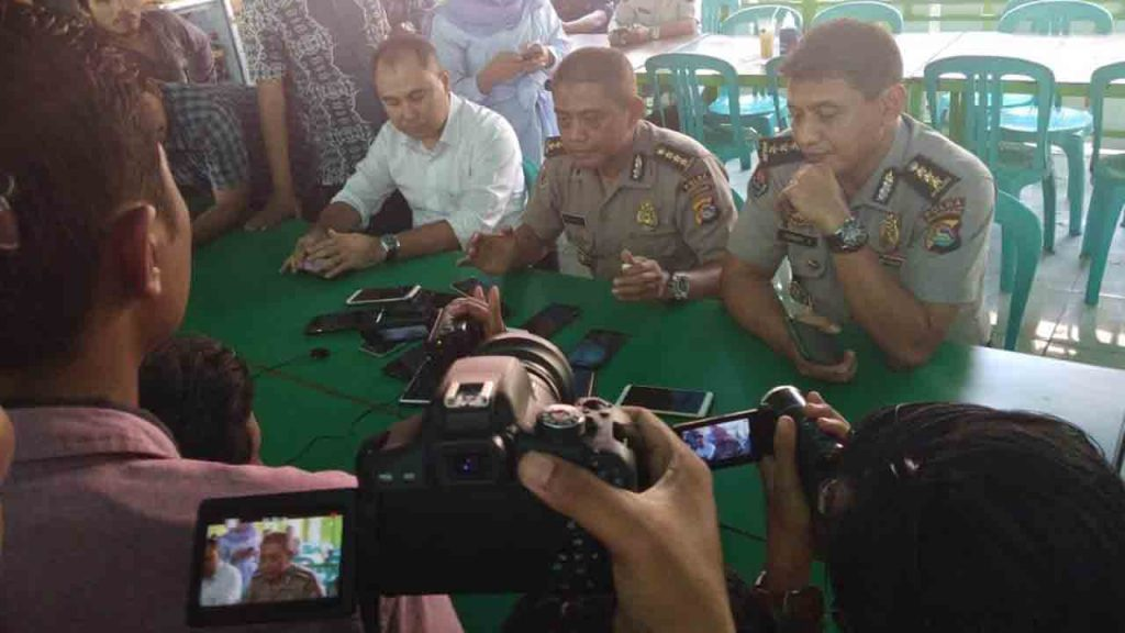 Image result for image Bantu Tersangka Narkoba Kabur, Oknum Pejabat Polda NTB Ditahan