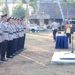 Kapolres Mataram H Saiful Alam memimpin upacara serah terima jabatan Kapolsek dan Kasat, Rabu, 4 September 2019. (Suara NTB/why)