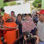 Menteri LHK Siti Nurbaya, bersama Gubernur NTB, H. Zulkieflimansyah dan Wakil Gubernur NTB, Hj. Sitti Rohmi Djalillah saat meninjau proses industrialisasi sampah Kebon Kongok yang dilakukan oleh PLN dan pemerintah daerah. (Suara NTB/bul)