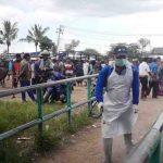 Pemkab Lotim menutup Pasar Ternak Masbagik untuk menghindari penyebaran Corona di Lotim. (Suara NTB/rus)